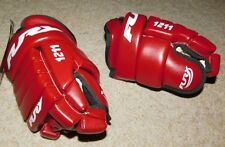 NEW  FURY 1211 RED REDWINGS HOCKEY GLOVES JR 11""