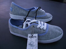 BNWT Older Girls/Ladies Sz 9 Rivers Doghouse Brand Grey Lace Up Jogger Shoes