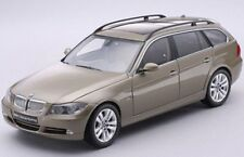 KYOSHO KY08733GR BMW 330i 3 SERIES TOURING (E91) die cast model road car 1:18th