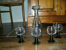 Wein Karaffe mit sechs Gläser