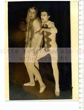 ORIGINAL PRESSEFOTO: 1958 KEYSTONE - DRESS REHEARSAL for the POLISH MIME THEATRE