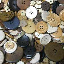 50 x Mixed Assorted  Brown Coloured Wooden  Buttons  *NEW* UK STOCK B49