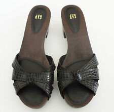 GAP~BLACK CROC PATTERNED LEATHER WOOD PLATFORM SANDALS~10~NEW
