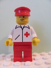 LEGO Minifig doc012 @@ Doctor - Straight Line, Red Legs, Red Hat 3395