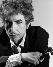 Bob Dylan UNSIGNED photo - D2116 - American singer-songwriter, artist and writer