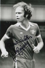 CHELSEA HAND SIGNED JOHN DEMPSEY 6X4 PHOTO 2.