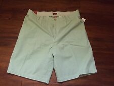 * Mens 42 Izod Luxury Sport Light Weight Golf Casual Green Plaid Shorts Cotton
