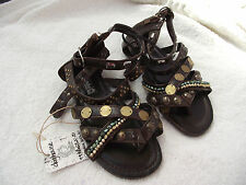 BNWT Little Girls Sz 9 Dark Brown Rivers Doghouse Strappy Beads/Studs Sandals