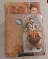 "BUFFY THE VAMPIRE SLAYER ""ICE CREAM MAN"" XANDER 6"" ACTION FIGURE...NEW ON CARD"
