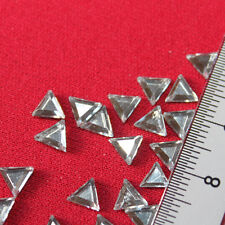 70 Strass thermocollant Triangle 6x6 mm (hotfix) cristal A+ qualité Bling