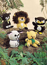 KNITTING PATTERN No 7147 TOYS TO KNIT in DK TEDDY DOG CAT LION OWL