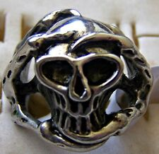GOTHIC ~ S/STEEL ~ SIZE:11 ~CLAWS_AROUND_SCULL~  RING -- (GREAT_GIFT)