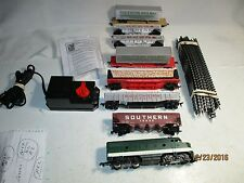 H.O. SCALE SOUTHERN RAILWAY FREIGHT TRAIN SET.  COMPLETE & READY TO RUN SET. EX