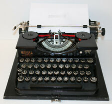 Vintage early Royal Portable typewriter w/case & key STUNNING HIGH-END ORG. COND