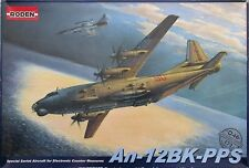 Roden 046 Antonov An-12BK-PPS Soviet transport aircraft 1/72 model kit maqueta