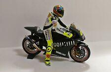 1:12 Conversión Minichamps Figure Figurine Valentino Rossi 2004 Test NO 2013