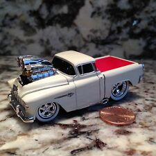 MUSCLE MACHINES 55 CHEVY CAMEO TRUCK DIE CAST CAR 1/64 SCALE 1955 CHEVROLET