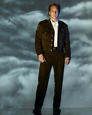 Fichtner, William [Invasion] (29706) 8x10 Photo