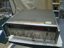 Agilent HP 8640B Signal Generator,Opt 004,110Vac,for Part, USA(3244)