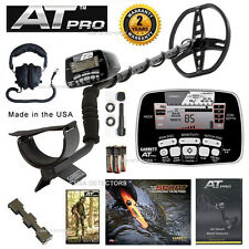 NEW Garrett AT PRO Waterproof Metal Detector With *** FREE Headphones ! ***