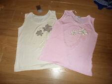 2 ladies tops 1 new with tags