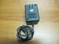 AC Adapter Jeep Output 12V ---1A