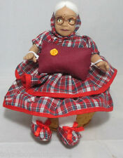 Interesting 20PC Seated OLD WOMEN DOLL SEWING KIT