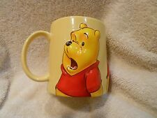 WINNIE THE POOH*DISNEY STORE EXCLUSIVE*LARGE*COLLECTIBLE*3D*YELLOW MUG*