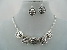 Silver With Animal Stripe Necklace Earrings Set Fashion Jewelryh NEW