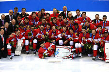 Canada Men's Hockey 2014 Gold Medal Winners - 8x10 Color Team Photo