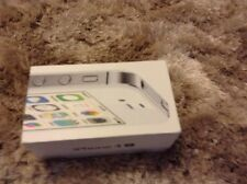 Apple iPhone 4S - 8GB WHITE PHONE BOX