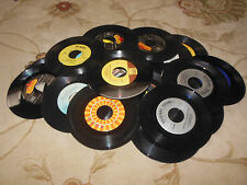 "LOT OF 100 45 RPM 7"" SINGLE RECORDS FOR CRAFTS HOBBY OR LISTENING FREE SHIPPING"