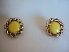 VINTAGE GOLD TONE YELLOW MILK GLASS STONE PAT PENDING EARRINGS
