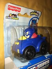 2011 Fisher Price Little People DC Super Friends Wheelies Batgirl New