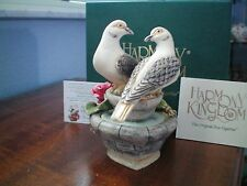Valentine Romance Annual Harmony Kingdom Love and Peace Dove Birds Box Figurine