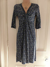 Fat Face size 8 navy blue dress with v neck and floral pattern