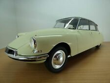 CITROEN DS19 champagne / salon de Paris 1956 1/12