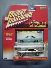 JOHNNY LIGHTNING CLASSIC GOLD COLLECTION REL 5B 1967 FORD FAIRLANE 500 XL