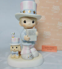 NEW 2001 Precious Moments GOD BLESS AMERICA Boy Puppy Bird Dog Uncle Sam FIGURE