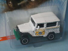 Matchbox Toyota Land Cruiser 1968 Jurassic World Toy Model Car in BP
