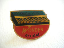 PINS PIANO SYNTHE WONDER REGGAE INSTRUMENT MUSIQUE