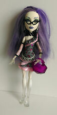 Muñeca Monster High-Spectra Vondergeist Y Gratis Tarjeta De Fotos de Monster High X 3