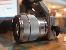 SONY ALPHA (NEX-5) DIGITAL CAMERA IN SILVER WITH 18-55MM LENS / 14.2MP W/BONUS
