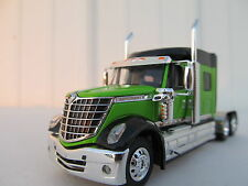 DCP 1/64 SCALE INTERNATIONAL LONESTAR LIME GREEN / BLACK (TRACTOR ONLY)