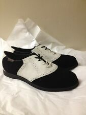 WOMENS BLACK AND WHITE SUEDE BASS OXFORDS SIZE 9