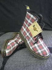 DOCs NEW Stuart Tartan Red Plaid Dr. Martens Womens Boots UK 4 USA 6 EUR 37