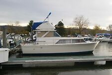 1970 Chris Craft, 30' Commander Fly Bridge