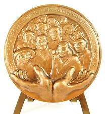 Medaille Henri Grouès dit l'abbé Pierre Emmaüs sc Hinsberger 67 mm Charité medal