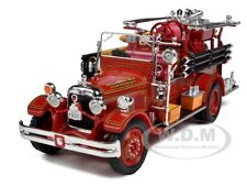 1931 SEAGRAVE FIRE ENGINE RED 1/32 DIECAST MODEL BY SIGNATURE MODELS 32380