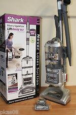 Shark Navigator Lift-Away Deluxe Upright Vacuum with Extended Reach UV440